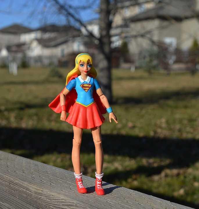 supergirl-1801646_960_720